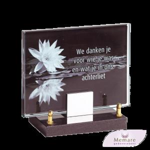 glazen gedenkteken op granieten voetje dmv rvs steuntje 26