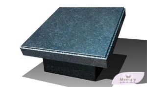 granieten zerk op een betonroef