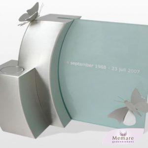 rvs vlinders en glas voor urnenmonument