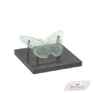 zerk met glazen vlinder
